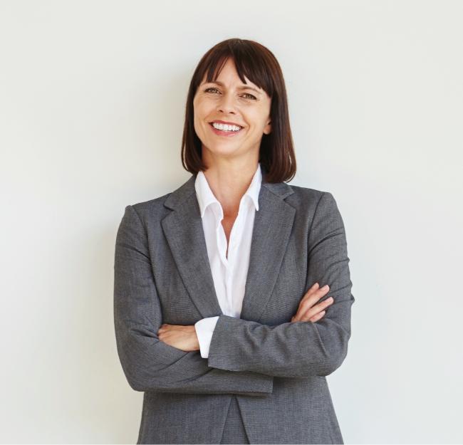 Full-body-portrait-of-professional-business-woman.jpg